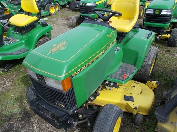 1992 John Deere 425 Lawn Mower For Sale