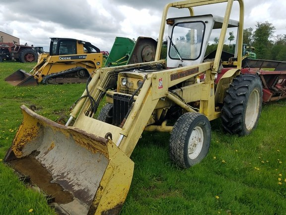 IH 444 Tractor For Sale