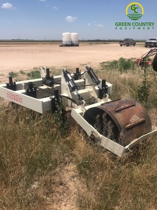 Patriot Pivot Track Closer CultiPacker For Sale