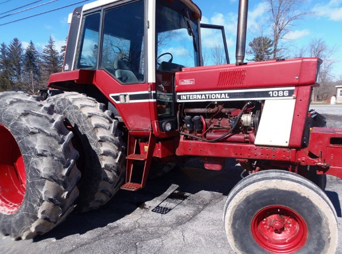 1978 Case IH 1086 Tractor For Sale