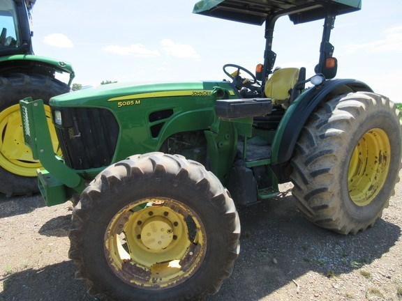 2009 John Deere 5085M Tractor For Sale
