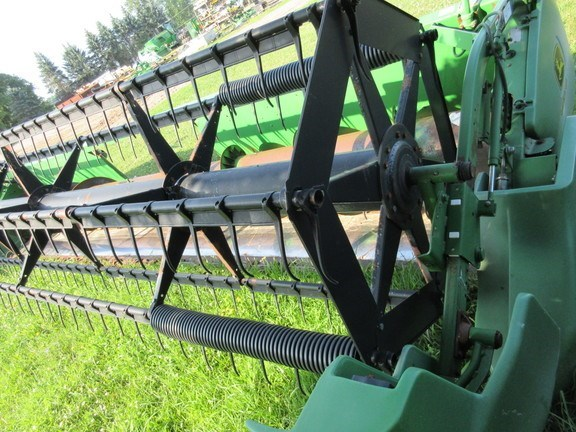 2002 John Deere 922 Combine Header-Auger/Flex For Sale