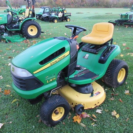 2008 John Deere LA115 Lawn Mower For Sale