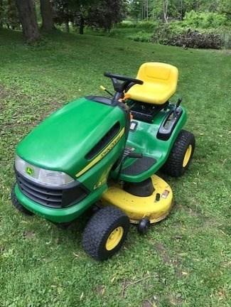2010 John Deere LA115 Lawn Mower For Sale