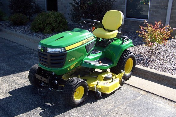 2018 John Deere X730 Riding Mower For Sale » Roeder Outdoor Power