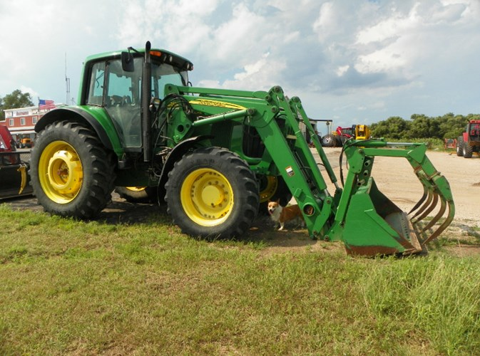2006 John Deere 7220 MFD Tractor For Sale