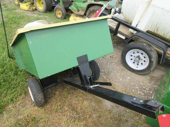 2015 Agri-Fab 10cf Cart 25Gal Sprayer-Pull Type For Sale