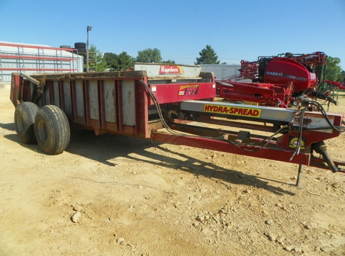 Hagedorn 277 Manure Spreader-Dry/Pull Type For Sale