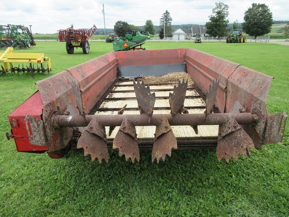 1995 New Holland 514 Manure Spreader-Dry/Pull Type For Sale