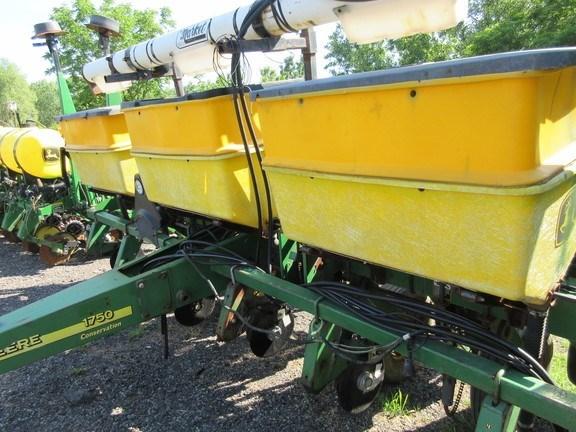 2001 John Deere 1750 Planter For Sale