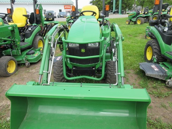 2017 John Deere 1023E Tractor For Sale