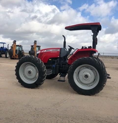2018 Massey Ferguson 4610M HC Tractor