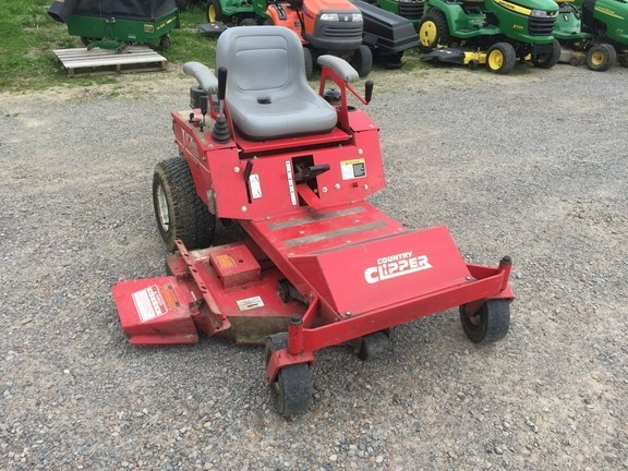 2010 Country Clipper JAZZEE Zero Turn Mower For Sale
