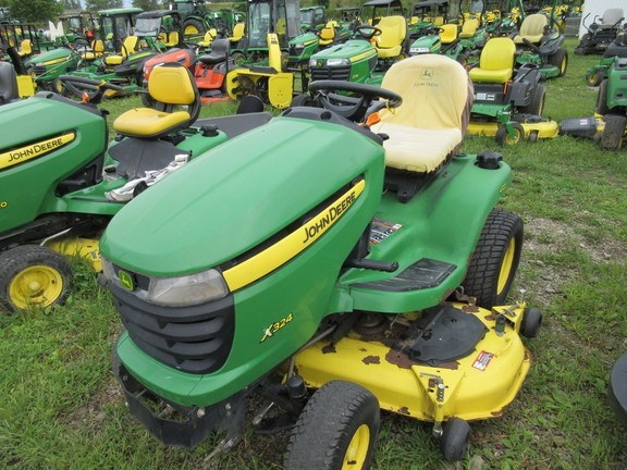 2010 John Deere X324 Lawn Mower For Sale