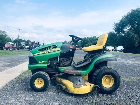 2009 John Deere LA145 Lawn Mower For Sale