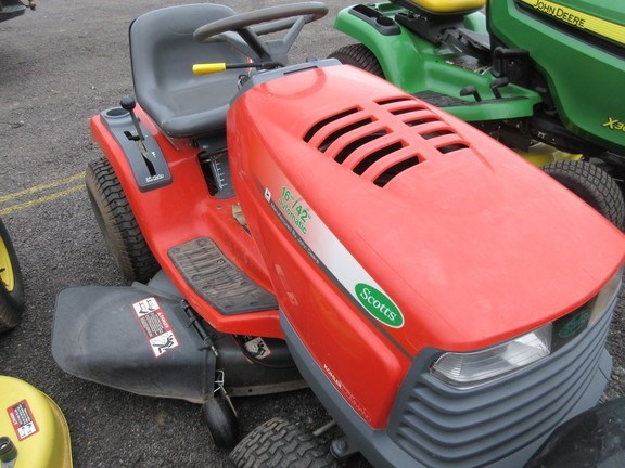 2000 John Deere 1642 Lawn Mower For Sale