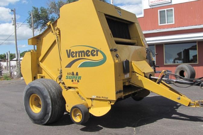 Vermeer 605Super M Baler-Round For Sale