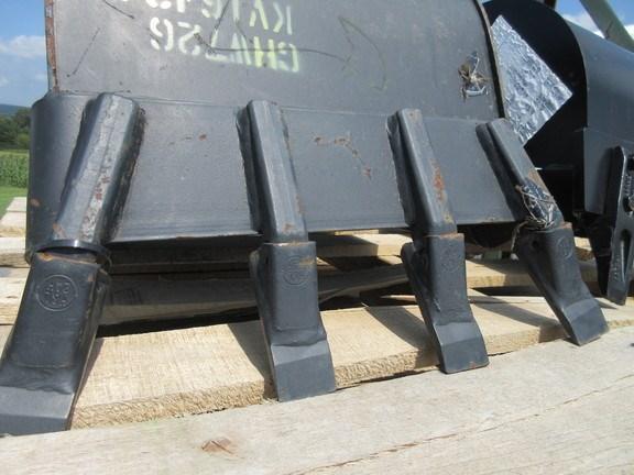 2004 John Deere KV16434 Bucket For Sale