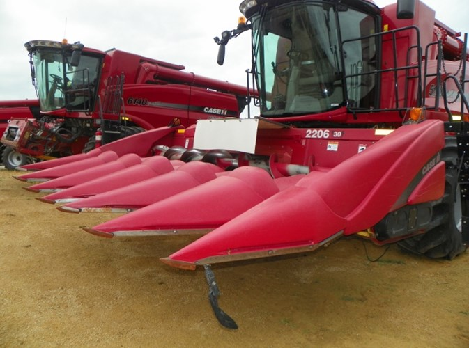 2002 Case IH 2206 Header-Corn For Sale