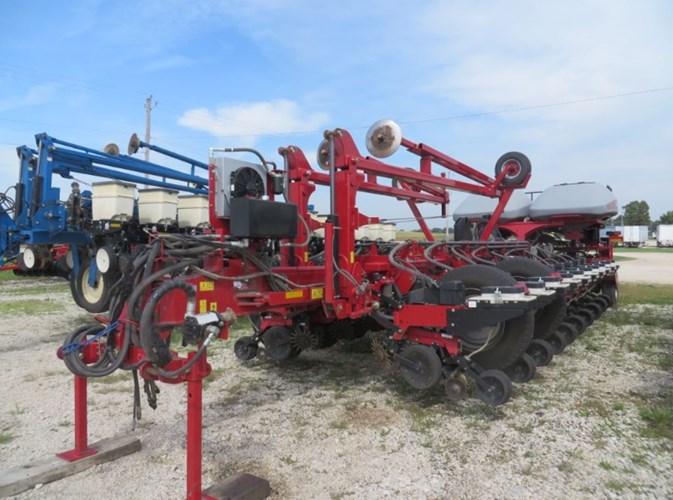 2014 Case IH 1255 Planter For Sale