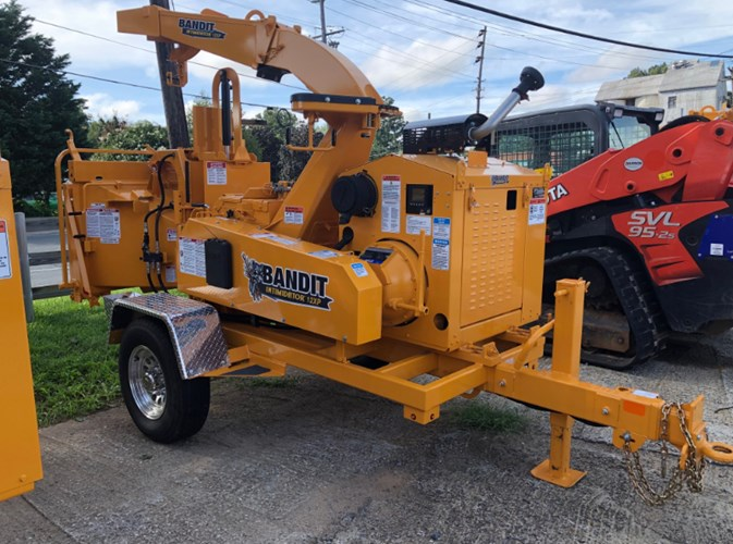 Bandit INTIMIDATOR 12XP Chipper-Hand Fed For Sale