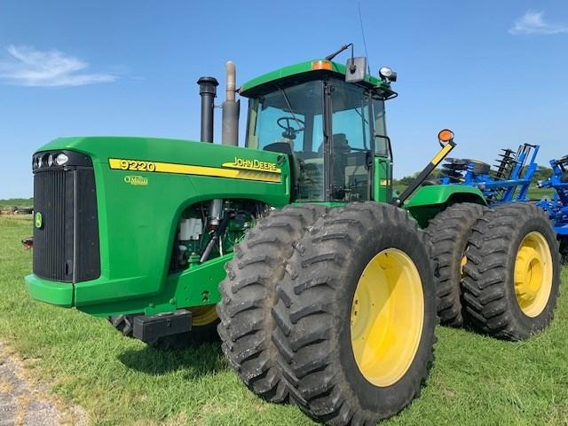 John Deere 9220 Tractor For Sale