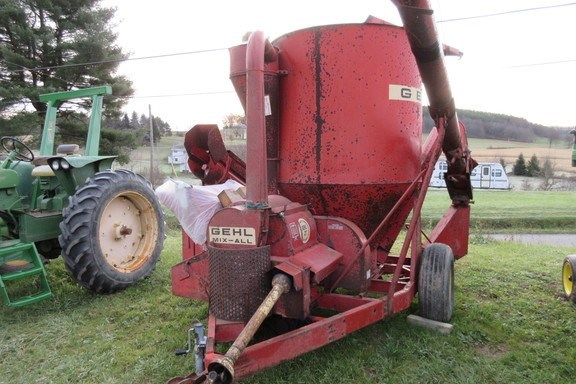 1970 Gehl 95 Tub Grinder - Feed/Hay For Sale