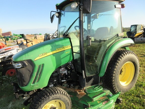 2011 John Deere 3520 Tractor For Sale