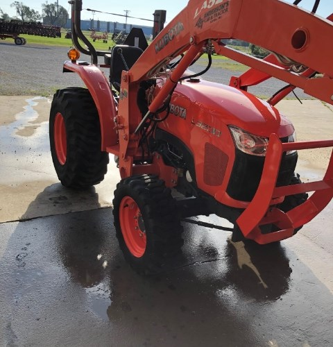 2011 Kubota L3200 Tractor For Sale