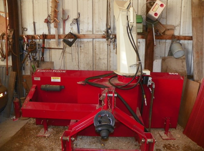 2013 Buhler Farm King Y96Q Snow Blower For Sale