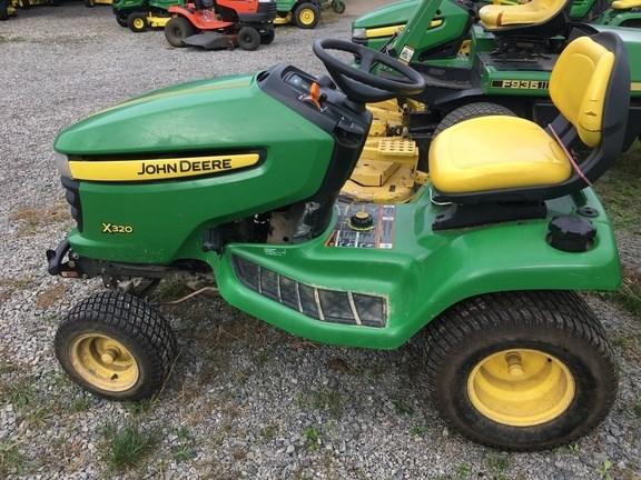 2010 John Deere X320 Lawn Mower For Sale