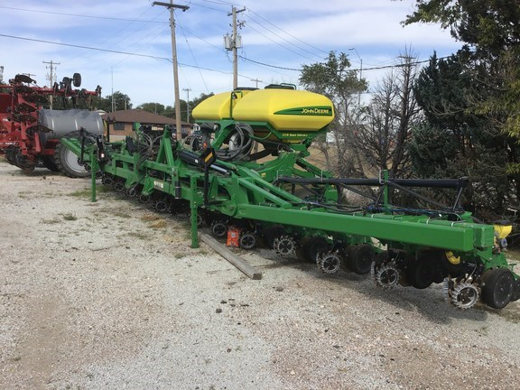 Orthman DR1636 Planter For Sale