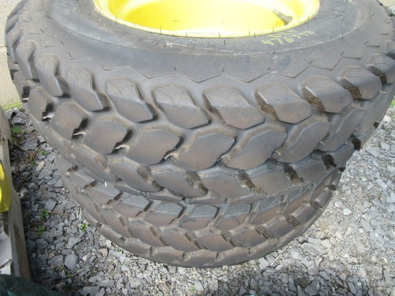 2008 John Deere 9.5-16R3 Wheels and Tires For Sale
