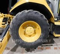 2019 Caterpillar 415F2 4EOP Thumbnail 7