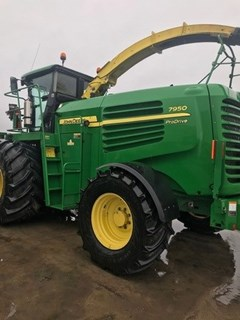 Forage Harvester-Self Propelled For Sale 2011 John Deere 7950