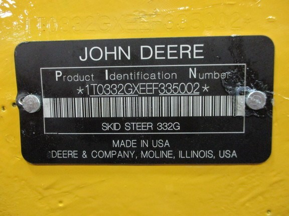 2018 John Deere 332G Image 11