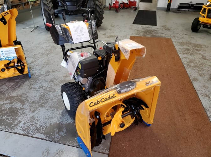 Cub Cadet 3x30 Snow Blower For Sale