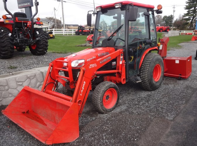 2007 Kubota B3030HSD Tractor - Compact For Sale