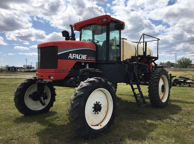 2007 Apache AS1010 Sprayer-Self Propelled For Sale