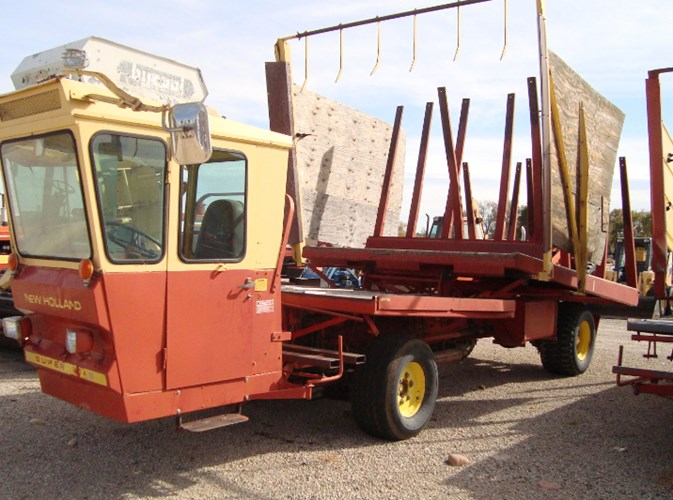 New Holland Super 1049 Bale Wagon-Self Propelled For Sale