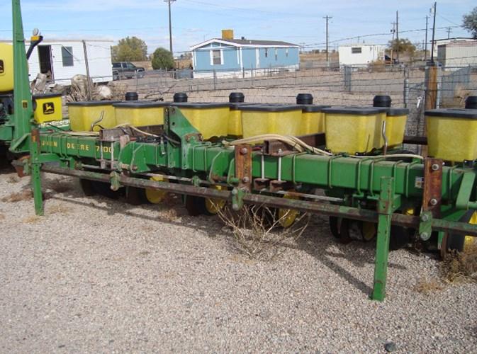 John Deere 7100 Planter For Sale