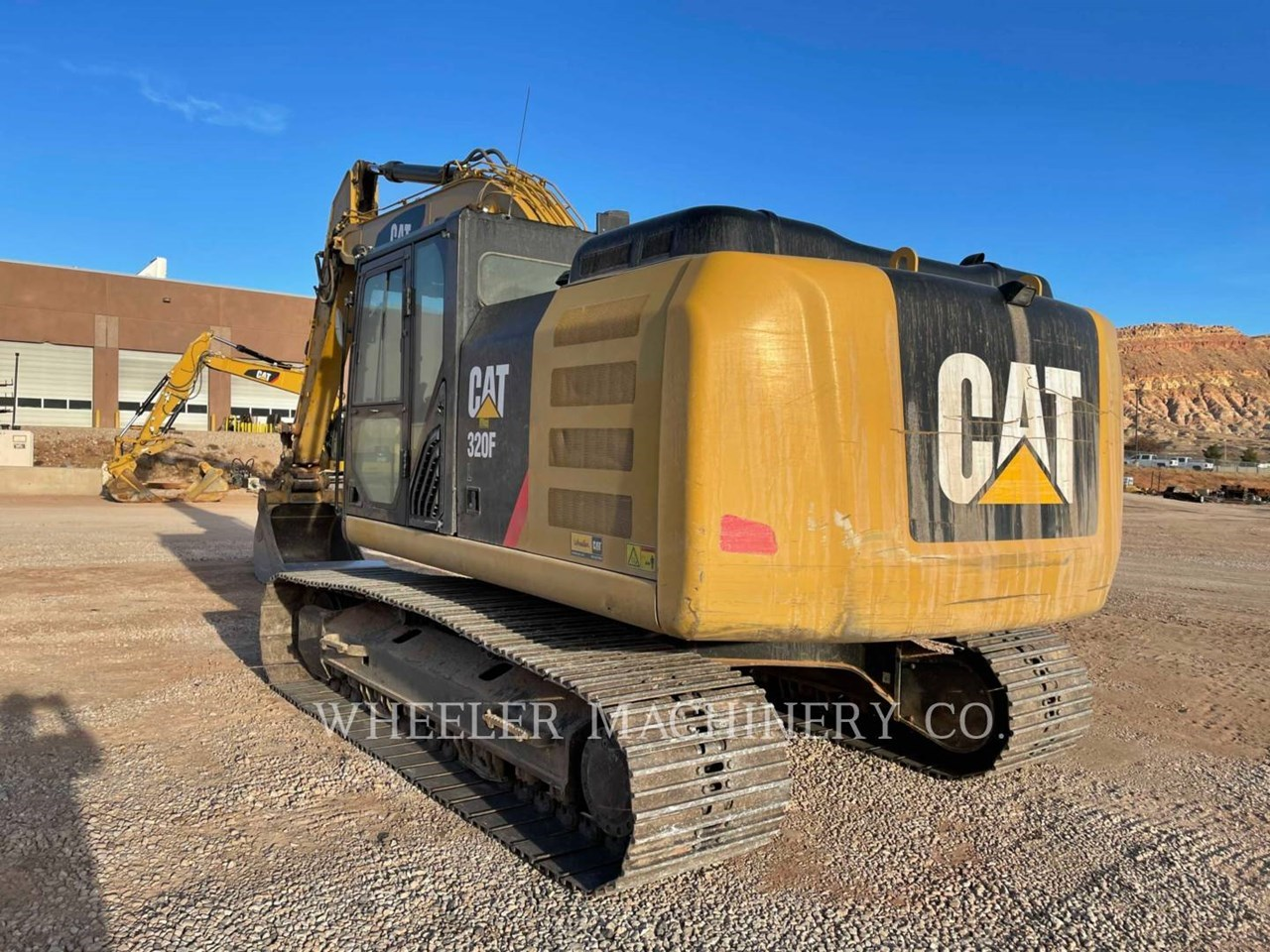 2017 Caterpillar 320F L Image 5