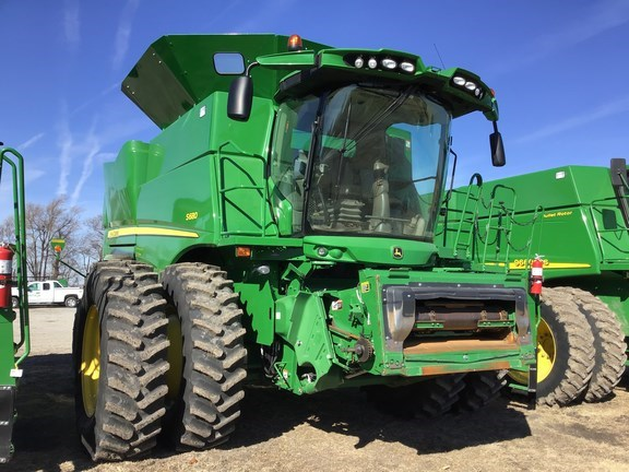 2017 John Deere S680 Combine For Sale