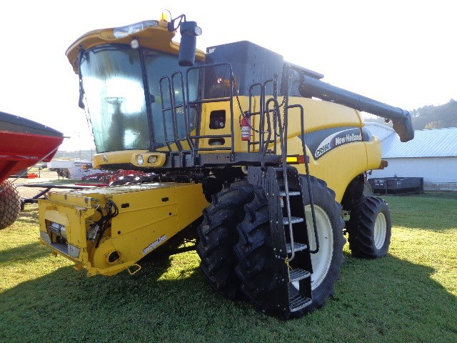 2006 New Holland CR960 Combine For Sale