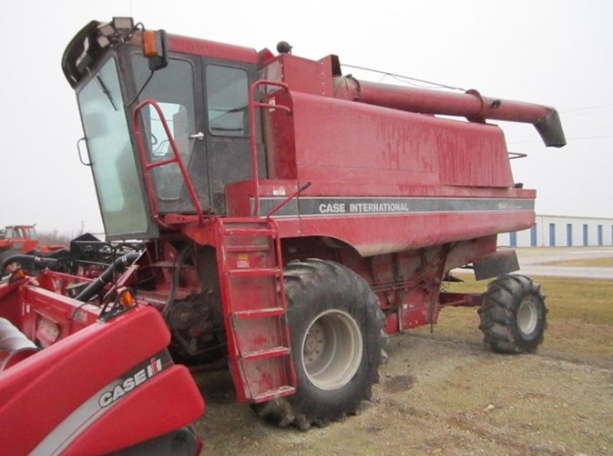 1991 Case IH 1640 Combine For Sale