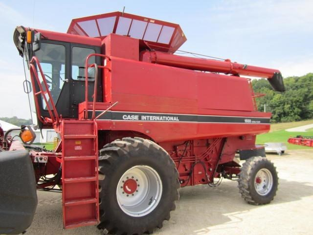 1993 Case IH 1688 Combine For Sale