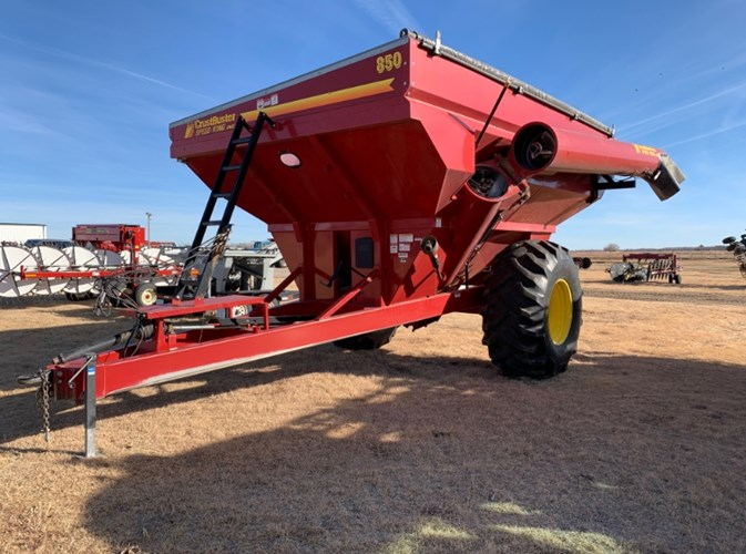 Crust Buster 850 Grain Cart For Sale