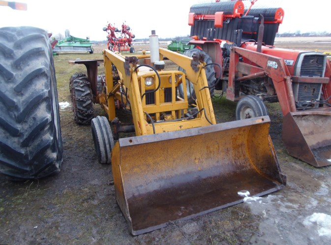 1972 Case IH 470 Tractor For Sale