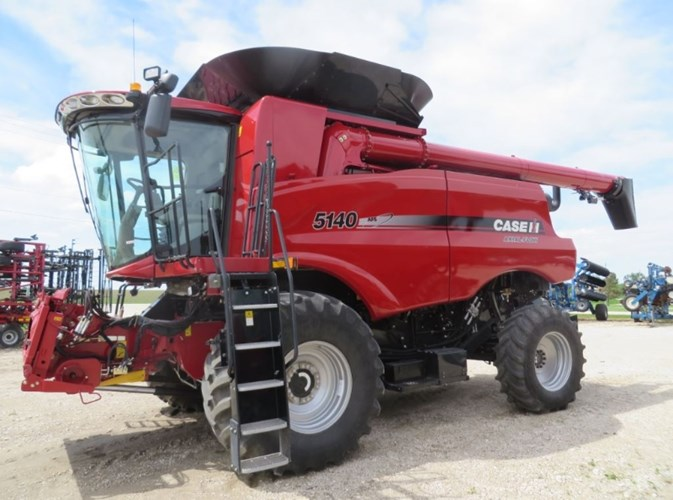 2017 Case IH 5140 Combine For Sale