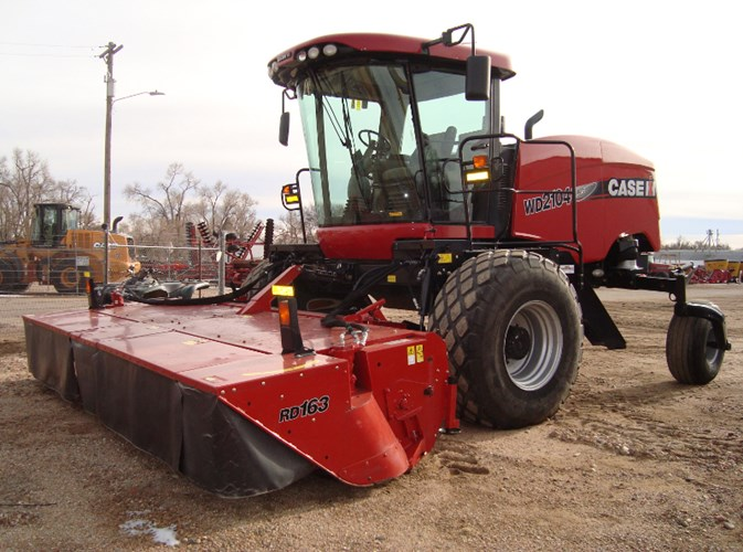 2015 Case IH WD2104 Windrower-Self Propelled For Sale